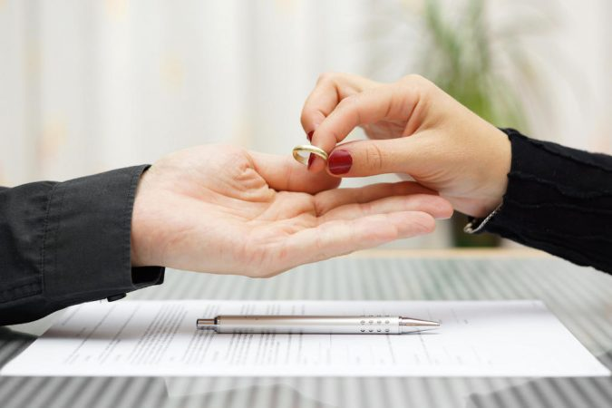 how to get divorce if spouse refuses UK